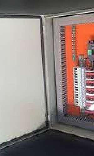 painel elétrico montado